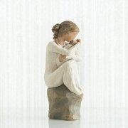 母の日ギフト プレゼント 花以外 出産祝い 懐妊 親子 おくるみ 置物 おしゃれ 彫刻 白 ワンピース 癒やしグッズ かわいい 人形 インテリア オブジェ フィギュア ウィローツリー彫像 Guardian
