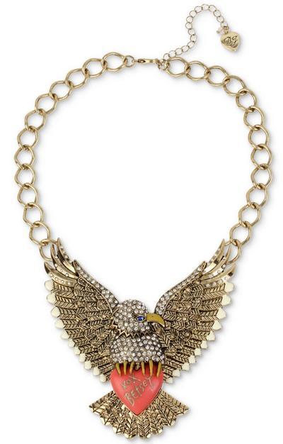ベッツィージョンソン Betsey Johnson ネックレスGold-Tone Pavé Eagle Logo Heart Statement Necklace  ネックレス(イーグル)ブランド レディースネックレス ギフト 【ベッツィージョンソン】新作 フラワーネックレスキュートでポップな抜群の存在感! 華やかコーデ!【軟らかい】