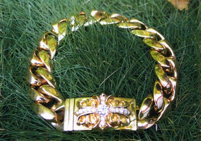 Chrome Hearts クロムハーツ ブレスレットダイヤモンド装飾 22金YG製 フローラルクロスIDブレスレット22Yellow Gold with Diamond Floral Cross ID Bracelet本物 正規品 アメリカ買付 USA直輸入