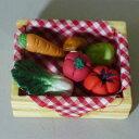 野菜の置物 ベジタブルBOX HO016 ガーデン オーナメント ミニチュア 雑貨 ナチュラル オブジェ 小物 置物 マスコット 野菜 やさい