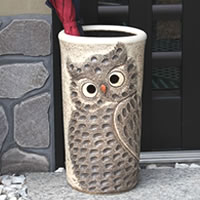 Shigaraki Pottery umbrella stand! OWL umbrella stand! OWL umbrella freshly called happy! Pottery umbrella stand / Japanese style umbrella stand / Interior / umbrella fresh / OWL / celebration / Grand opening celebration and