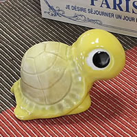 Shigaraki baked No.3 lucky turtle (yellow) longevity and luck blessings and! Pottery crock / lucky charm / / turtle ornaments and kimono and while big / garden / figurines /