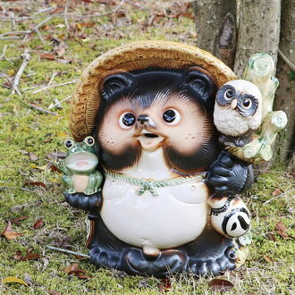 No. 13 OWL frog have Pom! Shin Raku raccoon dog lucky charm raccoon / pottery Tanuki and raccoon dog figurines / pottery / and while big Shine / pottery / Tanuki raccoon Shigaraki / OWL [ta-0080]