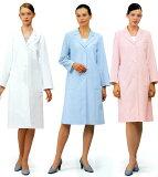 丸衿、プリンセスラインの女性用診察衣ピンク(写真右)