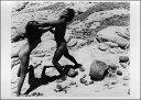 ポストカード 【モノクロ写真】「裸で喧嘩をする男性と女性」