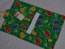 100g269/日本製女児浴衣/華やかなグリーン系にパンプキン*苺*玉ねぎ 【*夏ですね*遊びに行こう〜】ゆうパケット発送*定形外発送OK