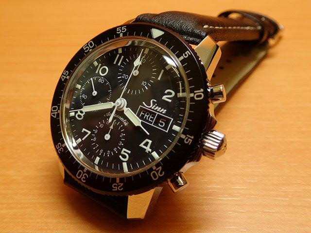 ジン 腕時計 SINN 103.B.AUTO 優れた視認性、刻時・計時精度を誇るきわめてシンプルなダイヤルを備えた実用的なクロノグラフ。まさにジンの基本精神を表すモデルです。马场ますみ