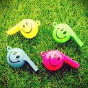 【ビンゴ 景品 子供】ハッピーホイッスル おもちゃ 玩具 笛 フエ カラフル ニコニコ 笑顔 かわいい 楽しい 夏祭り おまつり 祭 子ども会 イベント パーティー おもしろ雑貨 ザッカ ビンゴ景品 バザー