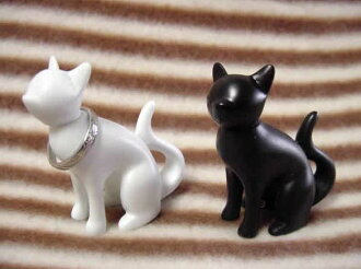 Fashion gadgets sitting cat ring holder