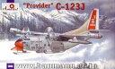 1/144 プロバイダーC-123J雪上仕様輸送機 プラモデル Aモデル