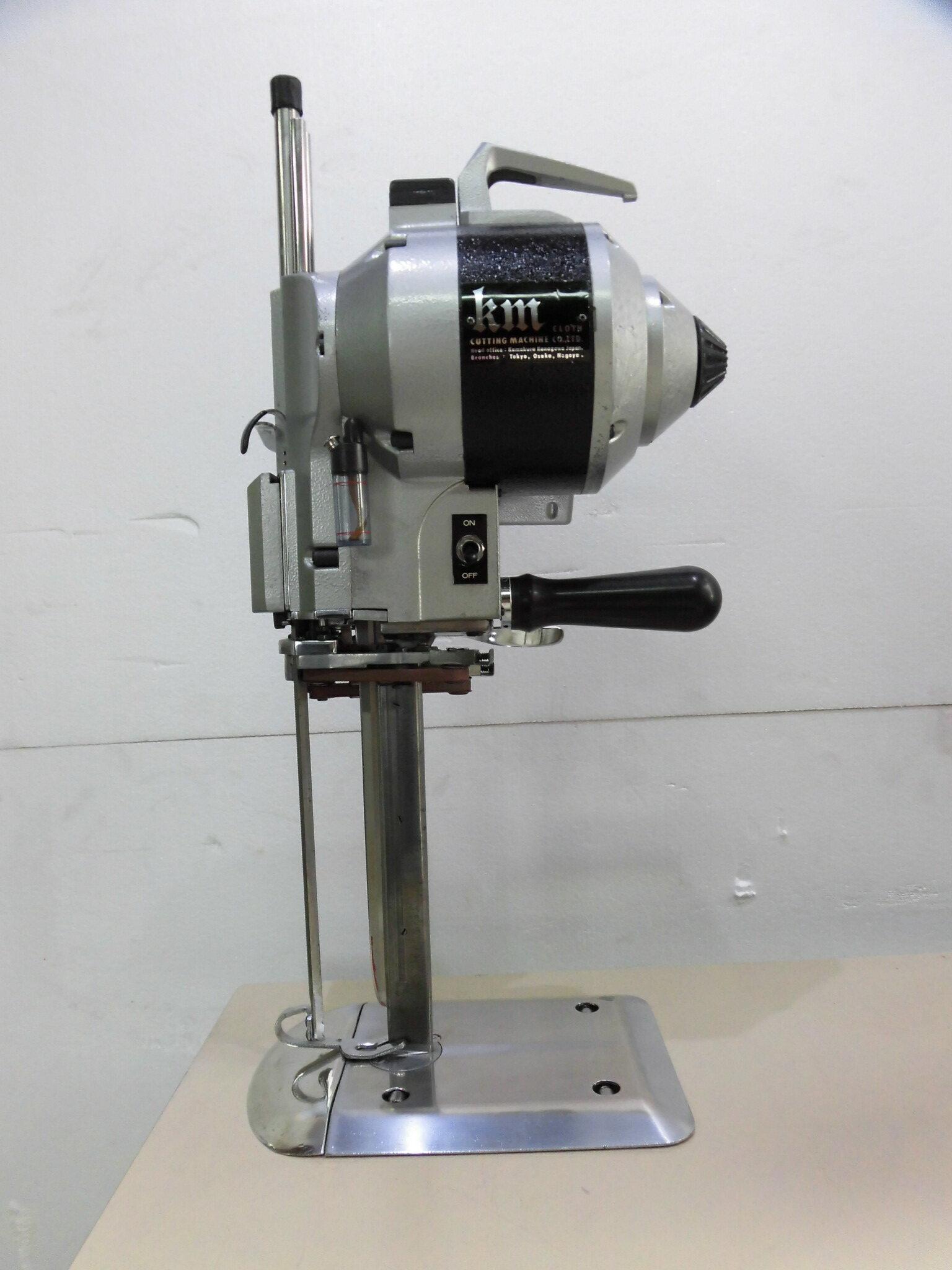 【中古】KM裁断機 オーバーホール済み。 日本製 KS-AUIII  10インチ 縦刃裁断機 整備済み。6か月の保証つきです。100V仕様