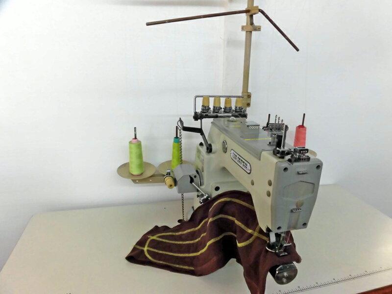 【中古】縦型筒ミシン 扁平縫い両面飾り機能付き。モデルNO-FW-777-CB-356