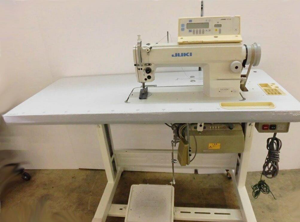【中古】ジューキ JUKIミシン  ジューキ モデルNO-DLN-5410N-7ーCP-130装備型 100V仕様 縫いはじめ・縫い終わり自動カン止め機能付き。ソレノイド式自動押さえ上げ装置付き。