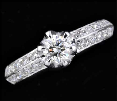 Ptオクタゴナルカットダイヤモンド 0.306ct H-SI2脇石ダイヤ0.32ct プラチナ リング《送料無料!》