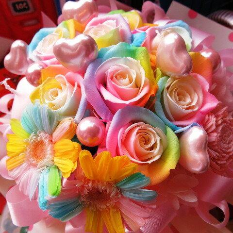 敬老の日ギフト 花 レインボーローズ 花束風 プリザーブドフラワー ケース付き ハート5入り ◆誕生日プレゼント・記念日の贈り物におすすめのフラワーギフト