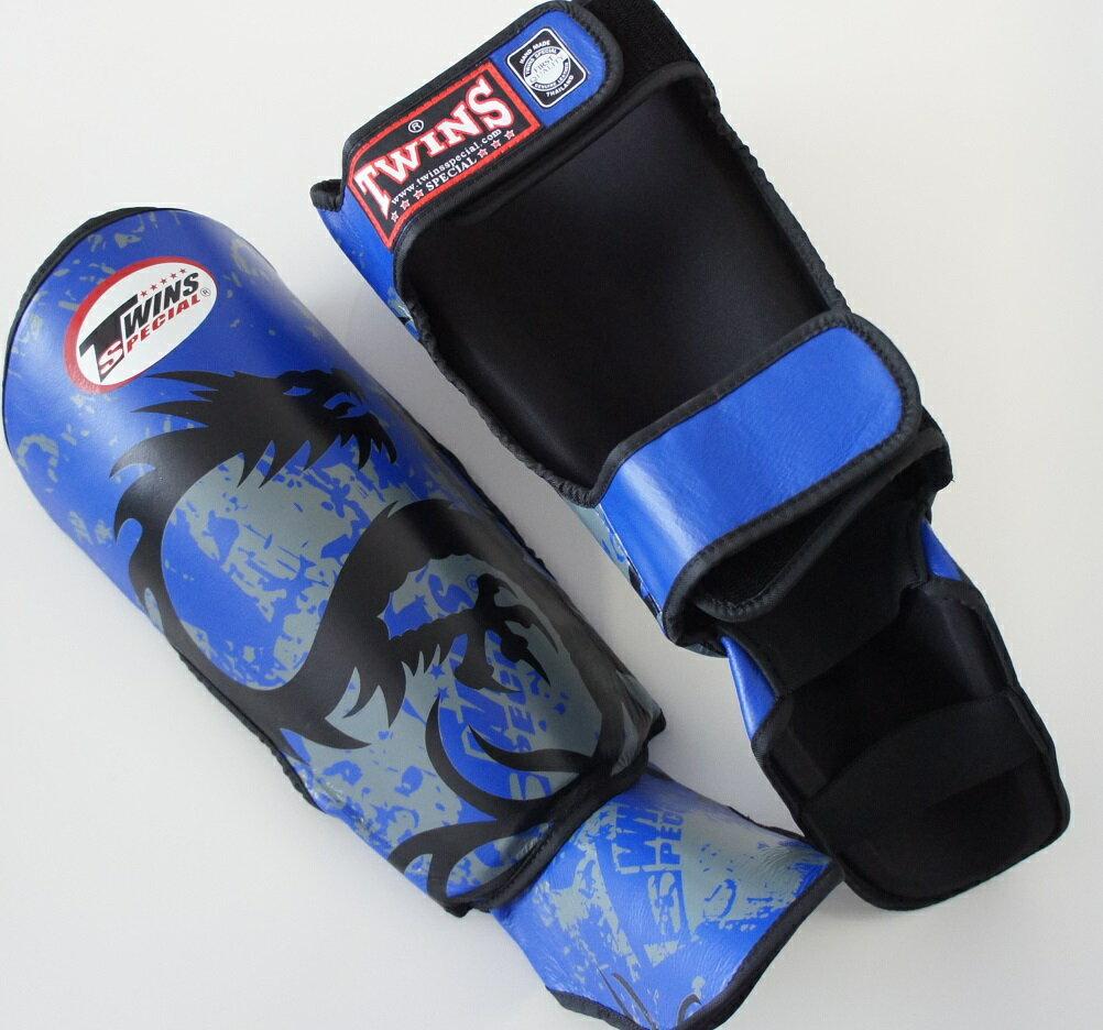 新 TWINS ツインズ 本革製キックボクシング レガース レッグガード ドラゴン2 青 Lサイズ