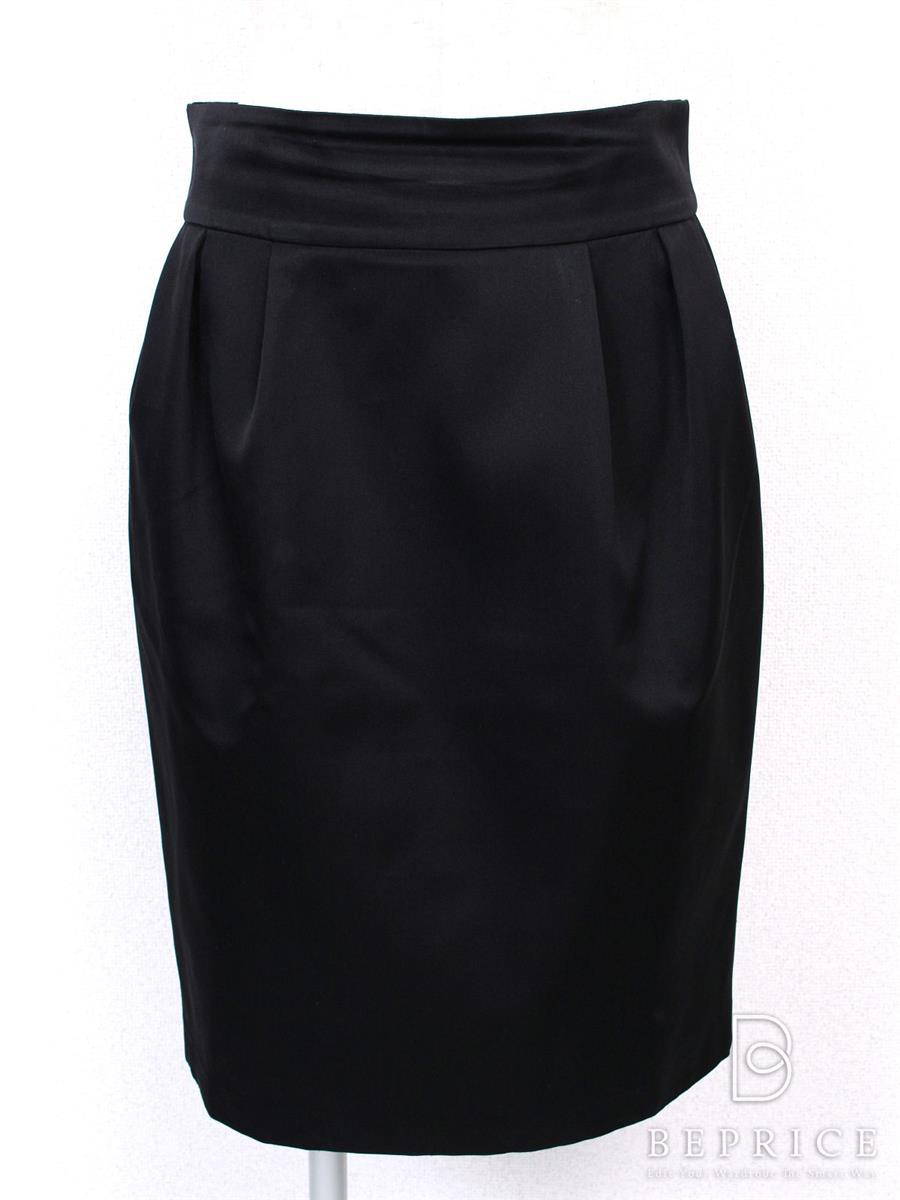 FOXEY BOUTIQUE フォクシー スカート ブラックブラックサテン 【42】【Bランク】【中古】tn280602