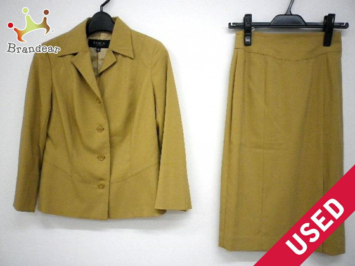 EPOCA(エポカ) スカートスーツ サイズITL 38 レディース ライトブラウン 3点セット(ジャケット/スカート/パンツ)【中古】