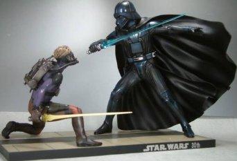 STAR WARS ルーク・スカイウォーカー vs. ダース・ベイダー ラルフ・マクウォーリー Ver. (1/7スケールPVC塗装済み簡易組み立てキット) 壽屋