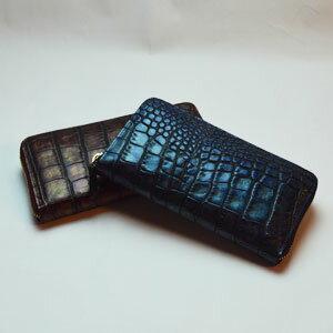メタリック クロコダイル型押し長財布