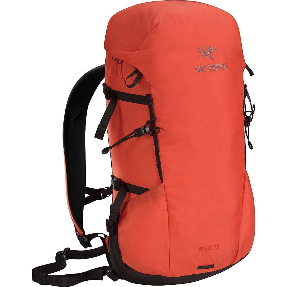 全品送料無料 アークテリクス ユニセックス メンズ レディース ハイキング バッグ【Arcteryx Brize 25 Backpack】Fiesta