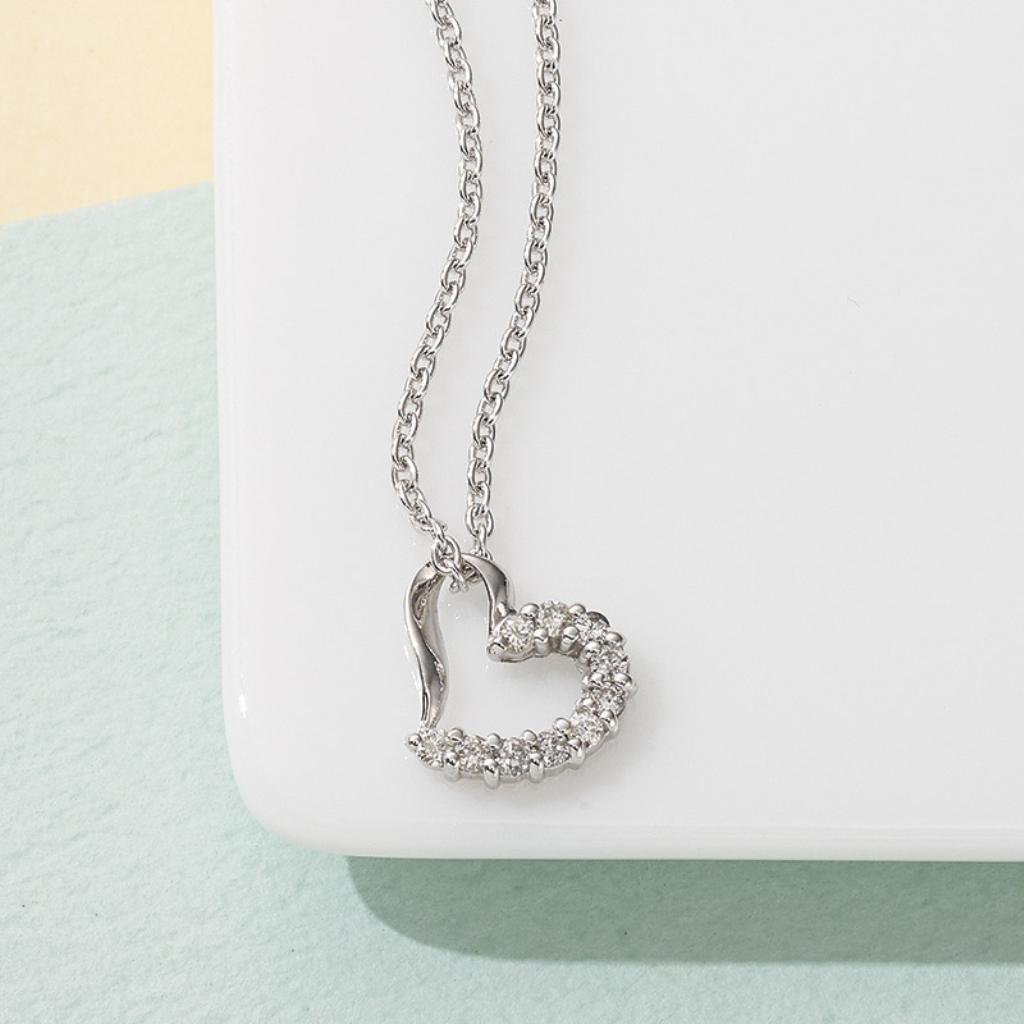 【送料無料】ルーシールーシー ダイヤモンドハートペンダント 3208【代引不可】