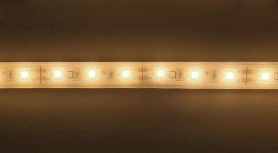 [照明器具]トライト(株) トライト LEDテープライト 33mmP 5000K 3M巻 TP503-33PN 1巻【818-6561】