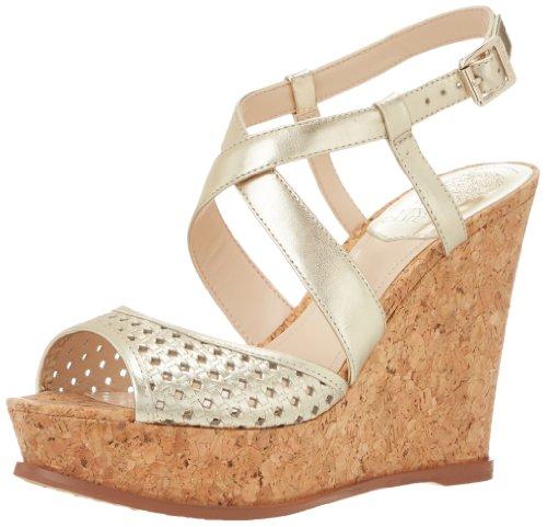 Vince Camuto ヴィンス・カムート レディースウェッジサンダル Women's Ilario Wedge Sandal,Light Gold/Natural
