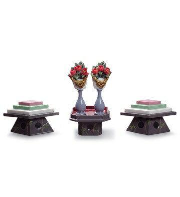 *リヤドロ TABLES FOR SWEETS AND PEACH FLOWERS 01008774 ひなまつり LLADRO □