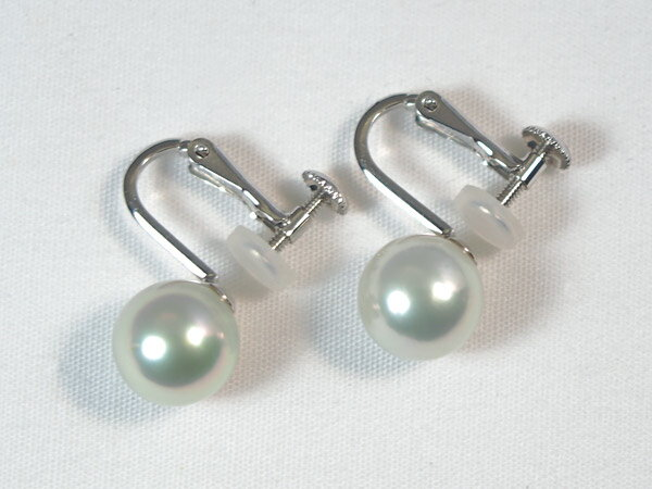 ホワイト系(無調色)あこや真珠イヤリングパールイヤリング<8.6mm>ネジバネ式・K14WGアコヤ真珠 鑑別書付 E-4317【当店のクーポンを是非ご利用下さい】