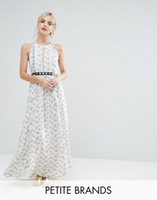 True Decadence Petite 小さいサイズ Allover Floral Maxi Dress ドレス ワンピース With Metal メタル Belt ベルト Detail In Ditsy Floral Print