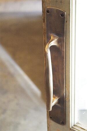 絶対一番安い 【真鍮 ドア ハンドル 取っ手 ブラス アンティーク調 アンティーク風】アンティークブラス ドアハンドルグリップ
