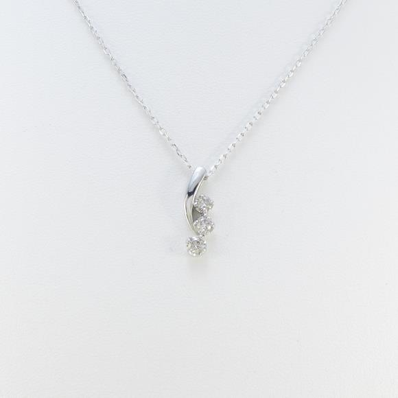 素敵な K18WG スリーストーン ダイヤモンドネックレス【中古】