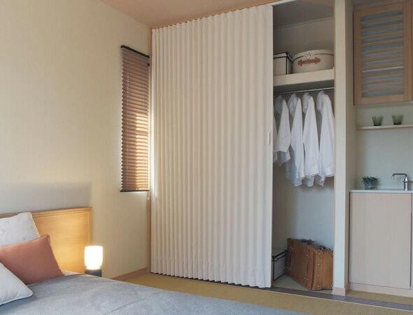 TOSO アコーディオンドア(アコーディオンカーテン) クローザーエクセル ニューエスポワール 幅151~180cm×丈201~210cm
