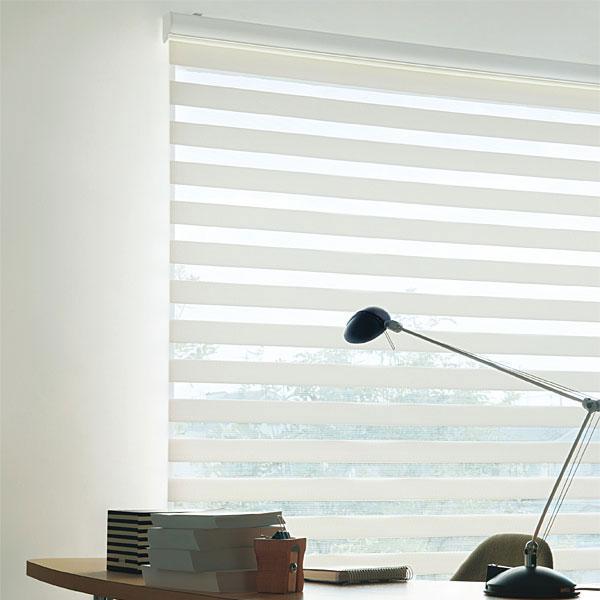 調光ロールスクリーン TOSO ビジック VISIC(ビジック小窓) ロペ 幅30~80cm×丈81~120cm