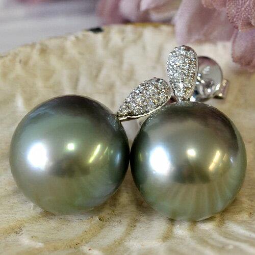 13mm黒蝶真珠ピアス こぼれおちそうなほど圧倒的な存在感の華やかな大珠!