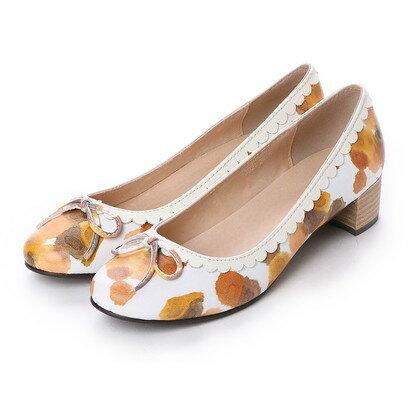 スプラウト sprout 履き口のフラワーカットデザインがかわいいローヒールパンプス (オレンジ)