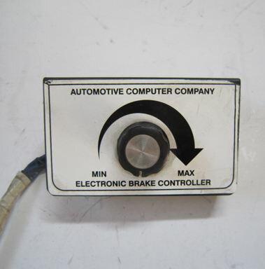新作人気商品 OKI TRAILERS 12V用ブレーキコントローラー(車外取付けタイプ)※特別送料