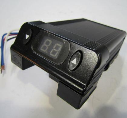 セールや送料無料 OKI TRAILERS 24V用ブレーキコントローラー(車内取付けタイプ)※特別送料