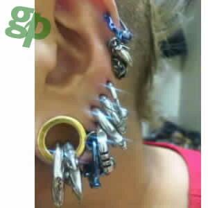 ヒロアキさんの耳のボディ-ピアス写真★ゴールドプレート・フレッシュトンネル/18.0mm(GG)(M)