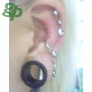もてぃさんの耳のボディーピアス写真★ブラックフレッシュトンネル/24.0mm(GG)(M)