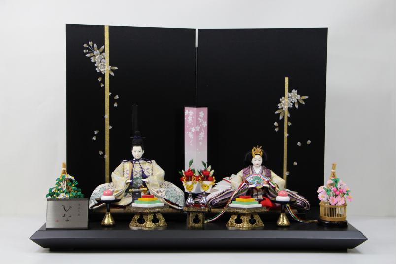 京三五正絹縫取り縮緬ひな人形手書き桜黒シルキー屏風平飾り