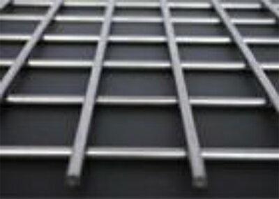 ステンレス ファインメッシュ 溶接金網 線径(mm):2.0|網目(mm):28|ピッチ(芯々)(mm):30|大きさ:1000mm×17m SUS304