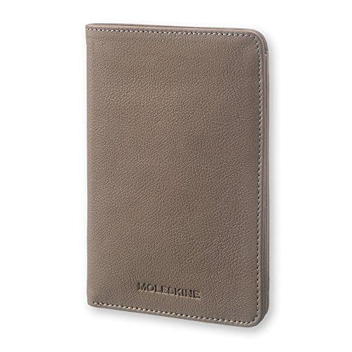 モレスキン リネージ パスポートウォレット トープ