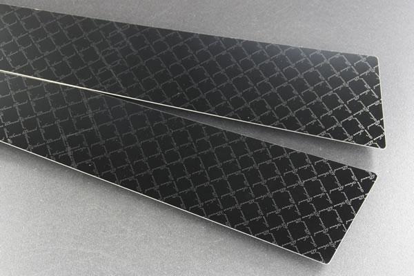 【CR50/55 エスティマ   センスブランド】エスティマ 50系 ステンレスピラー 8P モノグラムチェックライン ブラック鏡面