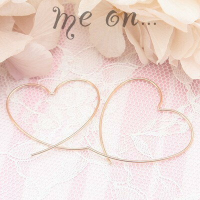 me on... 送料無料官能的なピンクゴールドの曲線◆K10ピンクゴールドPG ビックハートフープピアス
