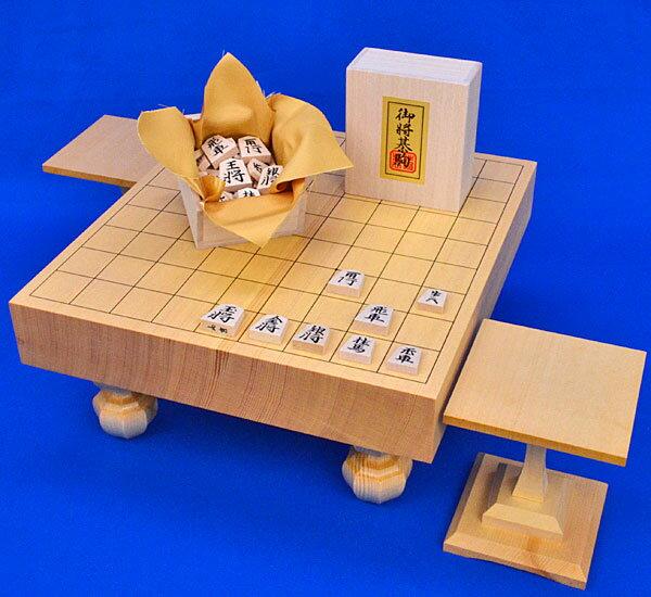 将棋セット 新かや2寸一枚板足付将棋盤セット(木製将棋駒白椿中彫駒)