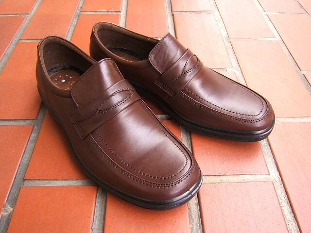 ビジネス&カジュアルで使える男の機能シューズ!ARUKURUN/アルクラン 紳士靴 スリップオン Uチップ 2202 ダークブラウン 送料無料