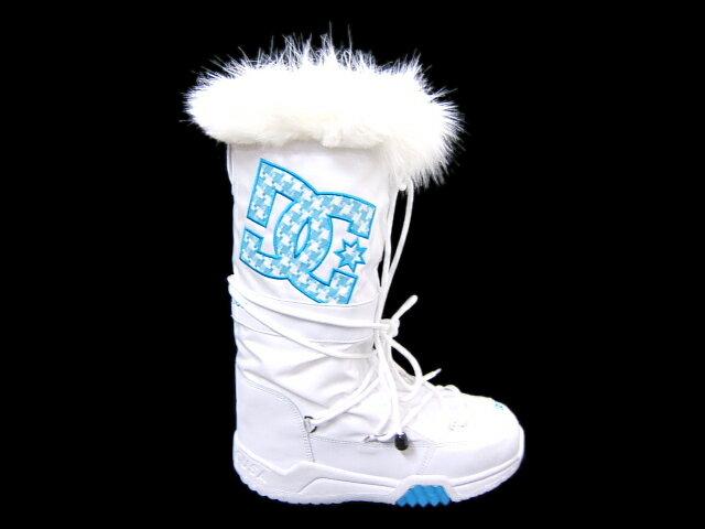 訳ありセール(左右に多少の色ムラがございます)冬でもポカポカ暖かいウインターブーツ♪DC SHOE CHALET LE(301818-WTU/★送料無料キャンペーン)