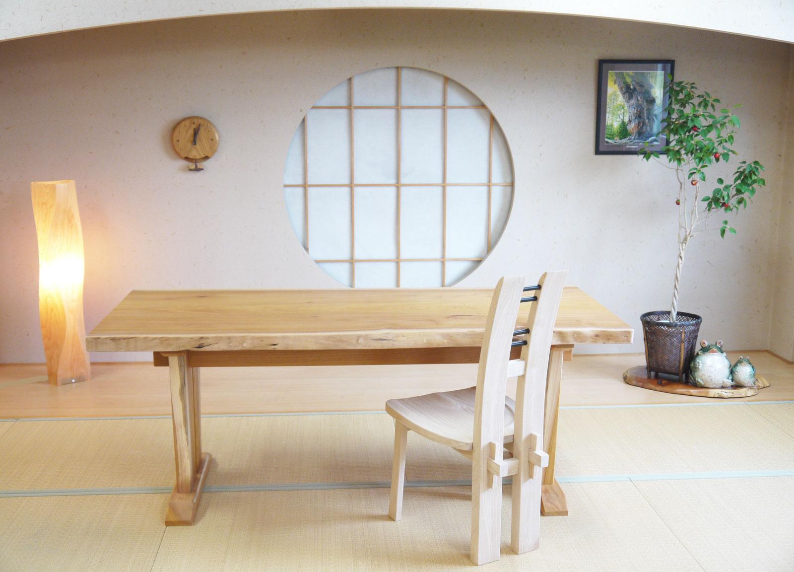 愛用 ~ダイニングテーブル~仕様:無垢 / 素材:欅